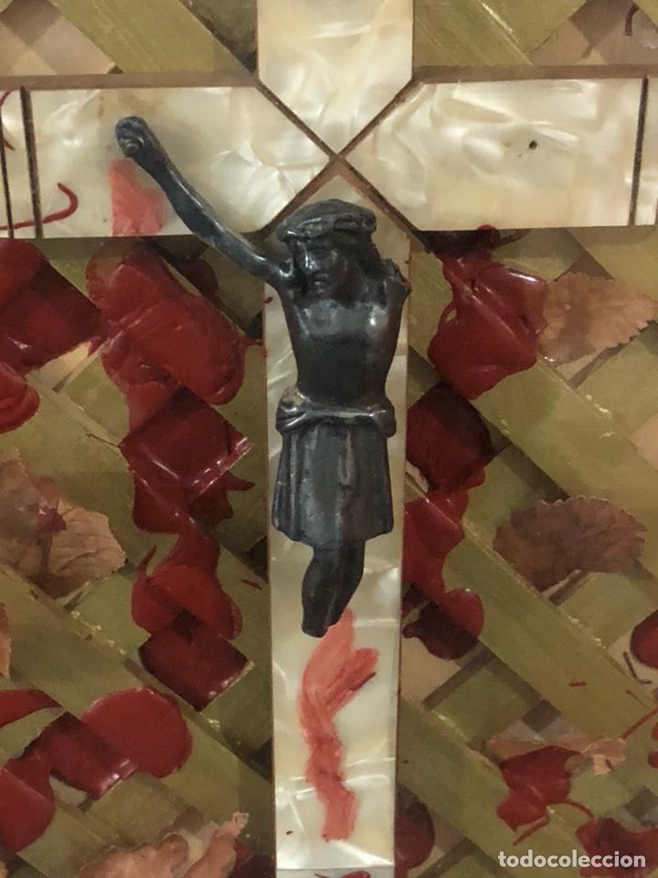 Arte: Bonita composición Cruz de nácar, desconozco más información, ver fotos - Foto 3 - 191463473
