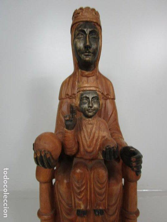 Arte: Bonita Virgen de Montserrat - Talla de Madera Policromada - 62 cm Altura - Foto 4 - 193880075