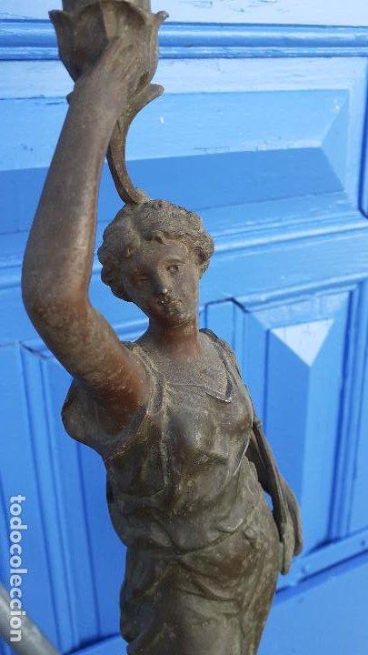 Arte: Estatua con lámpara de petróleo:La Música, representación del siglo XIX firmada por Ernest Roucot, - Foto 5 - 194237532
