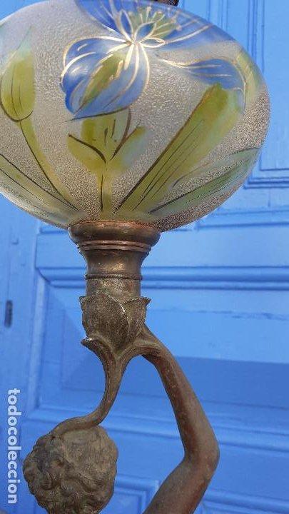 Arte: Estatua con lámpara de petróleo:La Música, representación del siglo XIX firmada por Ernest Roucot, - Foto 11 - 194237532