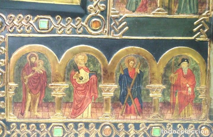 Arte: Retablo Virgen Maria Niño Jesus y Santos estilo Gótico, Oleo sobre madera, dorados pan de oro - Foto 4 - 245094645