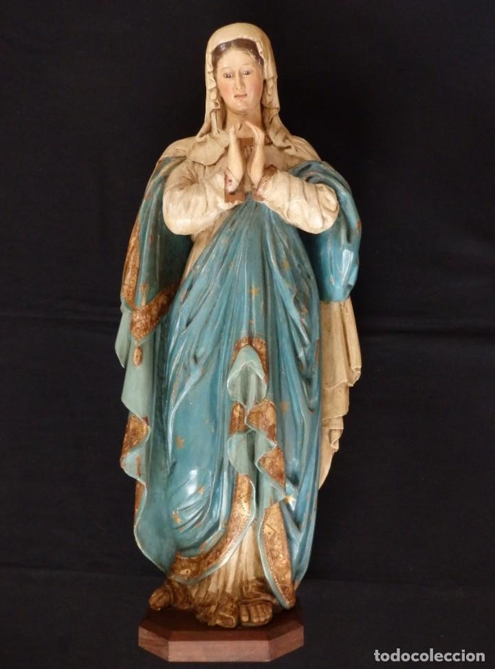LA VIRGEN MARÍA. IMAGEN EN MADERA TALLADA Y POLICROMADA. SIGLOS XVIII-XIX. MIDE 76 CM DE ALTURA. (Arte - Arte Religioso - Escultura)