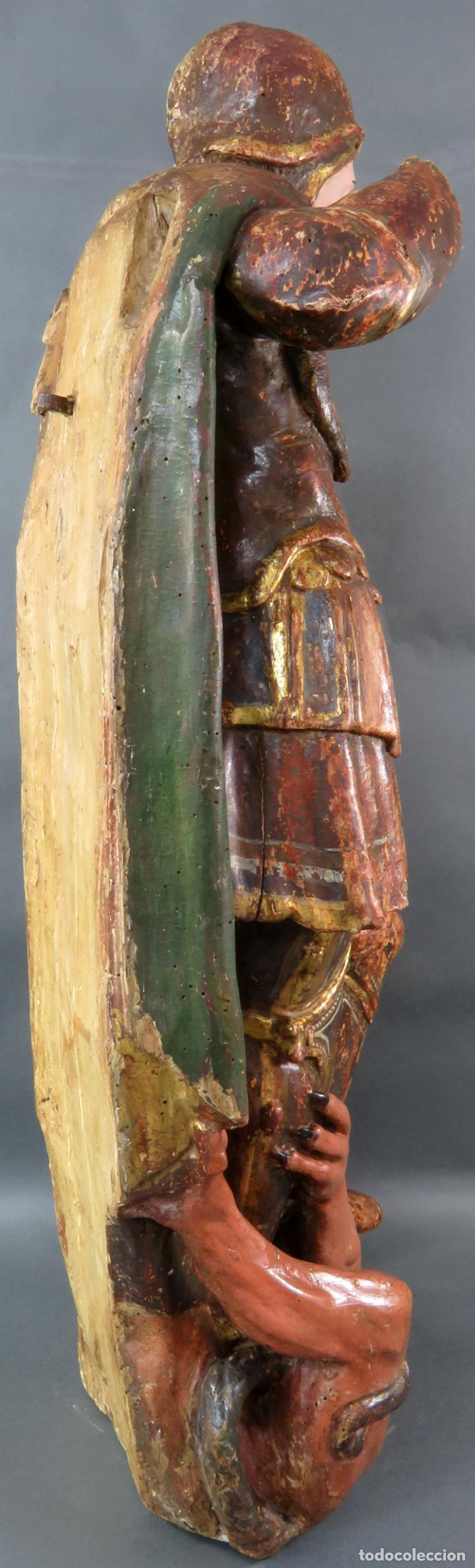 Arte: Talla San Miguel en madera tallada dorada y policromada escuela castellana finales del siglo XVI - Foto 7 - 194787448