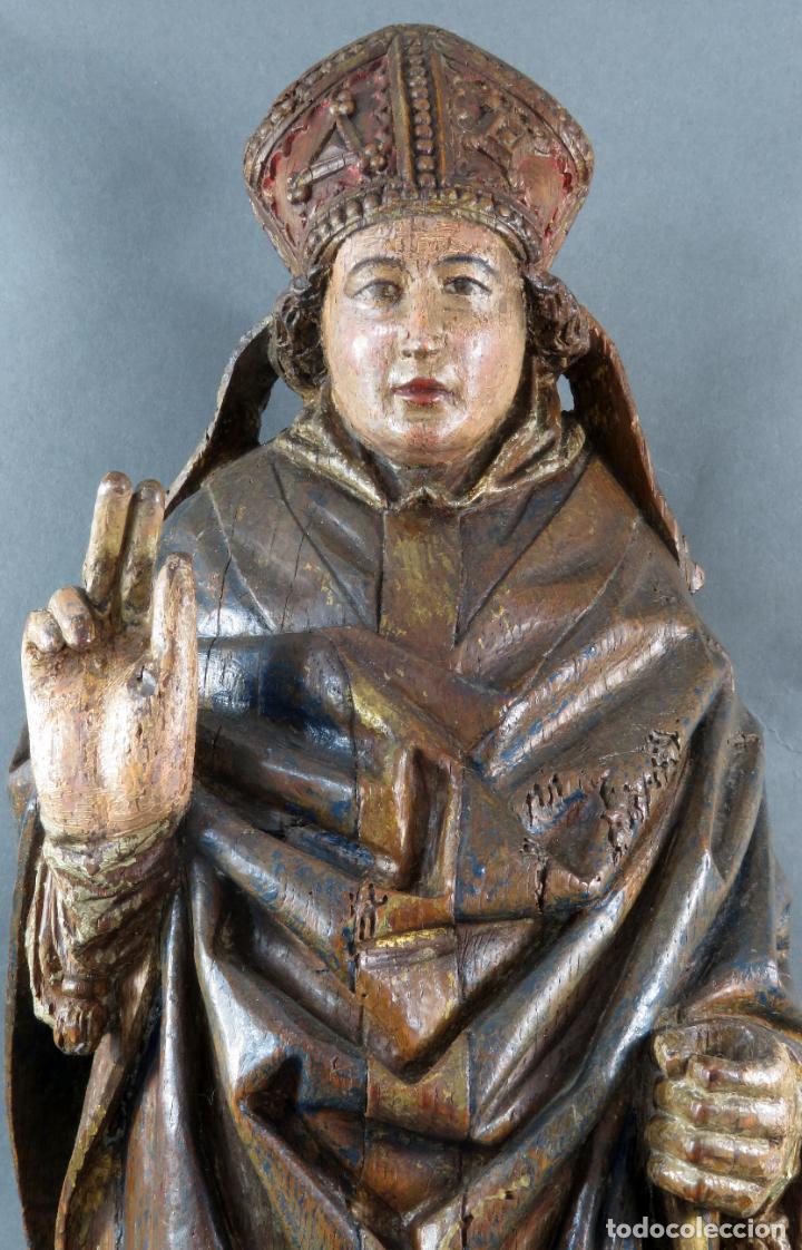 Arte: Talla obispo bendiciendo en madera tallada policromada circulo Alejo de Baiha principios siglo XVI - Foto 2 - 194787992