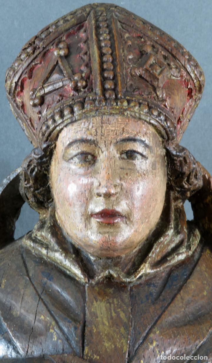 Arte: Talla obispo bendiciendo en madera tallada policromada circulo Alejo de Baiha principios siglo XVI - Foto 3 - 194787992