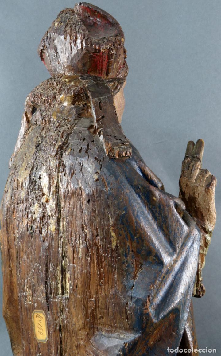 Arte: Talla obispo bendiciendo en madera tallada policromada circulo Alejo de Baiha principios siglo XVI - Foto 10 - 194787992