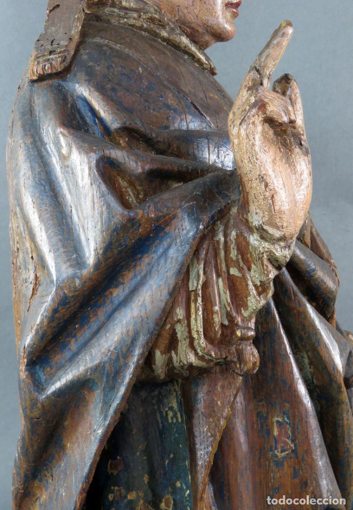 Arte: Talla obispo bendiciendo en madera tallada policromada circulo Alejo de Baiha principios siglo XVI - Foto 19 - 194787992