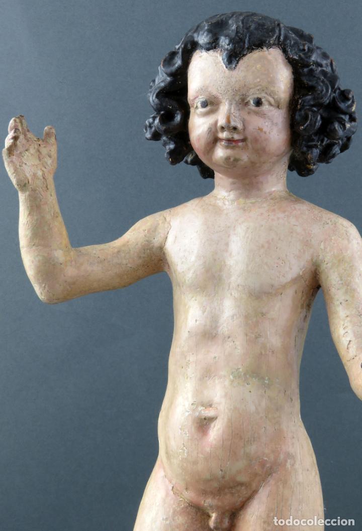 Arte: Talla Niño Jesús inspirado Malinas en madera tallada policromada escuela flamenca del siglo XVII - Foto 2 - 194789390