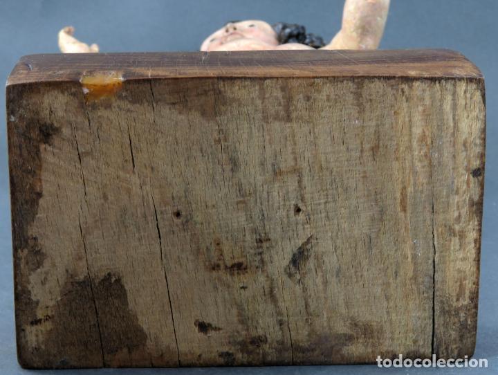 Arte: Talla Niño Jesús inspirado Malinas en madera tallada policromada escuela flamenca del siglo XVII - Foto 16 - 194789390