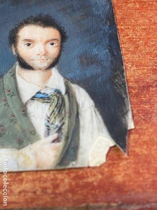Arte: MARCO COLGANTE DE ORO DE 14 KILATES CON 2 MINIATURAS PINTADAS , UNA RELIGIOSA Y UN RETRATO - Foto 9 - 195197412