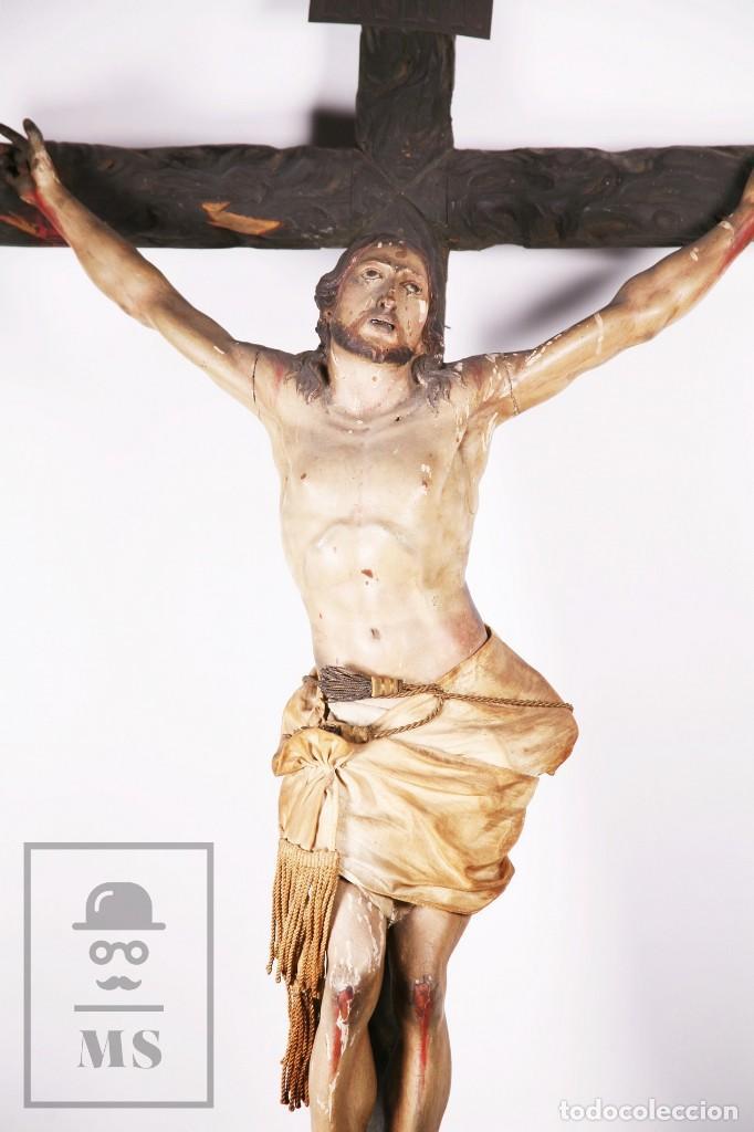 Arte: Antigua Escultura S. XIX / Talla Gran Tamaño Madera Policromada - Cristo Crucificado - Alt. 121 cm - Foto 2 - 195362583