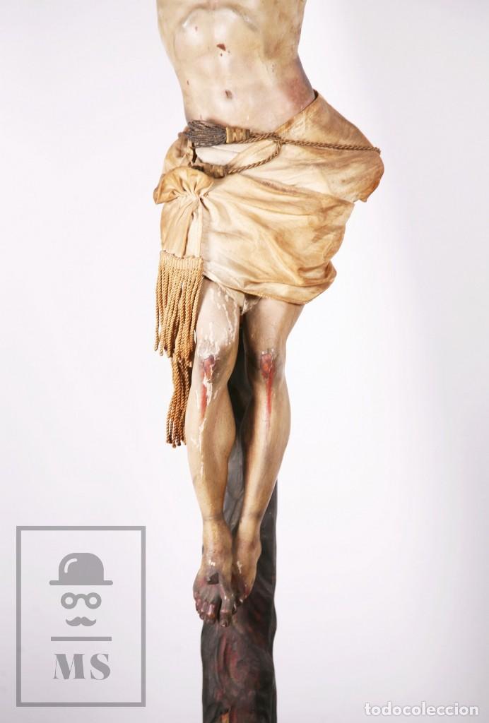 Arte: Antigua Escultura S. XIX / Talla Gran Tamaño Madera Policromada - Cristo Crucificado - Alt. 121 cm - Foto 9 - 195362583