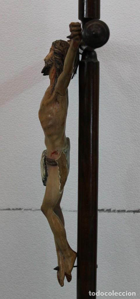 Arte: CRISTO CRUCIFIJO DE TALLA ISABELINO EN MADERA POLICROMADA A MANO DEL SIGLO XIX - Foto 17 - 195369768