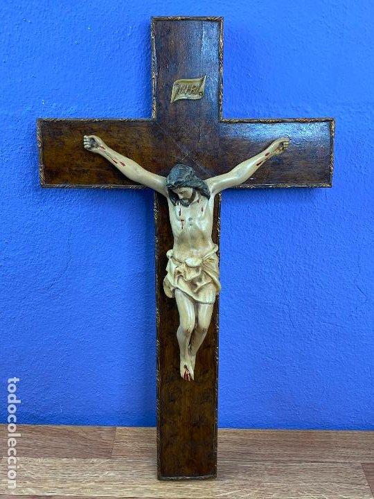 IMAGEN DE CRISTO CRUCIFICADO (Arte - Arte Religioso - Escultura)