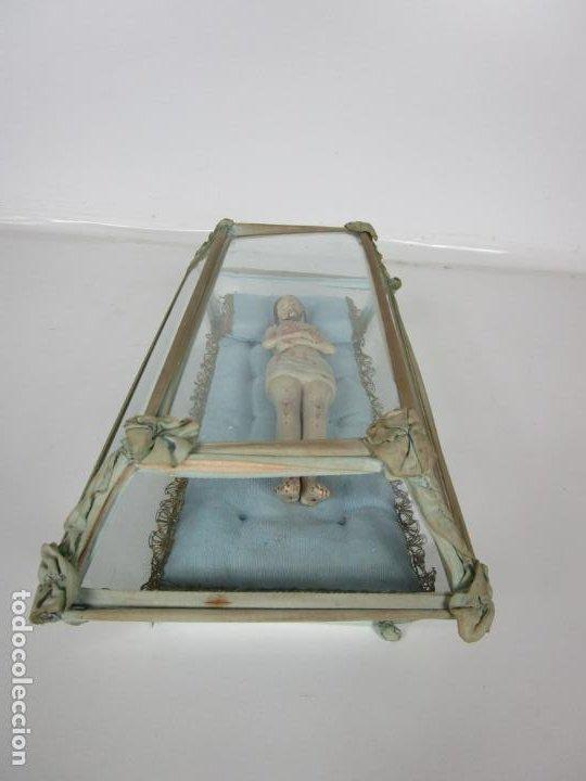 Arte: Antiguo Cristo Yacente - Terracota Policromada - con Urna de Cristal - S. XIX - Foto 2 - 195927678