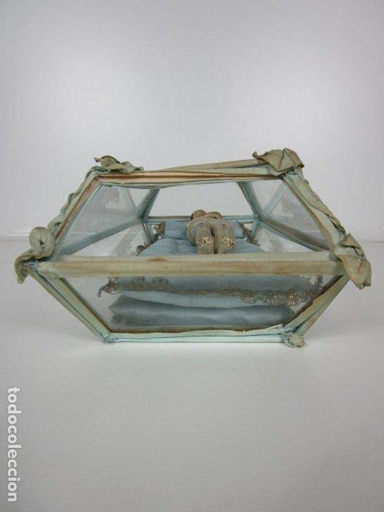Arte: Antiguo Cristo Yacente - Terracota Policromada - con Urna de Cristal - S. XIX - Foto 13 - 195927678