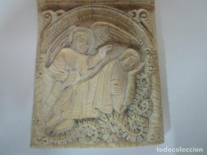 Arte: Icono, Plaqueta Románica - Talla en Hueso - San Millán - Arca Relicario, San Millán (La Rioja) - Foto 5 - 196285186