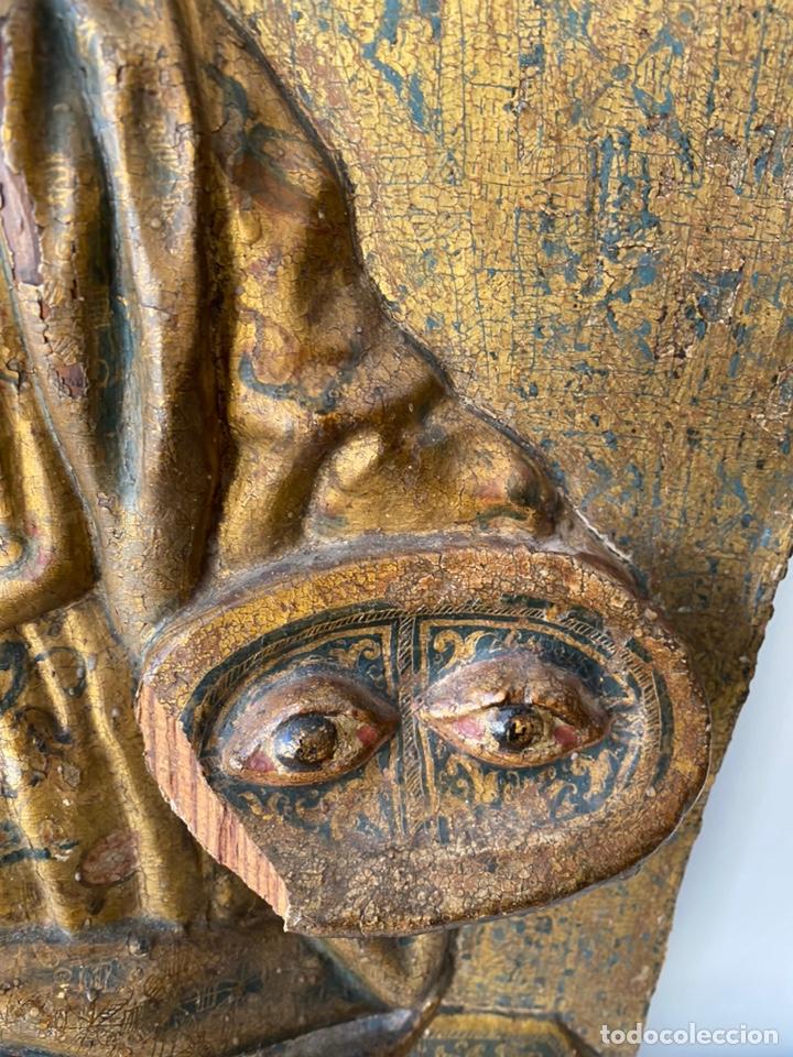 Arte: Retablo madera policromada siglo XVII , relieve Santa Lucía - Foto 11 - 196621257