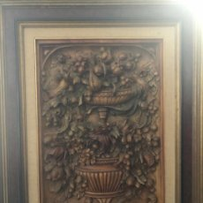 Arte: EXCEPCIONAL FLORERO TALLADO INTEGRAMENTE EN MADERA. Lote 197676350