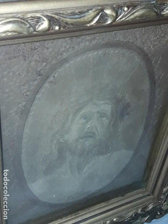 Arte: Precioso antiguo cuadro cuero repujado Jesús Cristo con bello marco madera con pan de oro años 20/30 - Foto 16 - 199643806