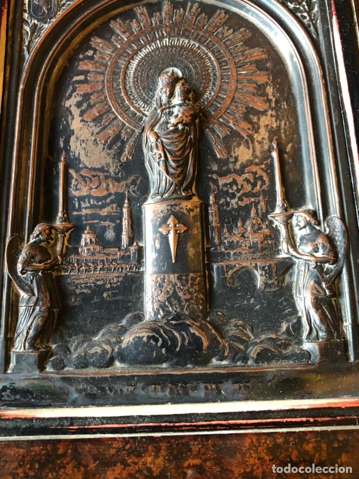 Arte: Placa enmarcada de la virgen del pilar antigua - Foto 3 - 199872990