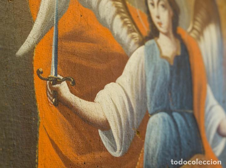 Arte: San Miguel Arcángel. Óleo sobre lienzo. Escuela colonial, s. XVII. - Foto 3 - 199990497