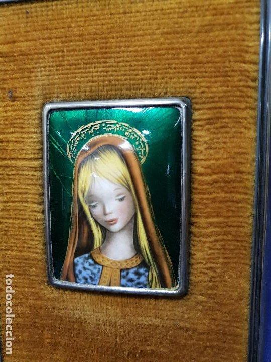 VIRGEN NIÑA. ESMALTE CON MARCO DE PLATA CON MARCAS. (Arte - Arte Religioso - Pintura Religiosa - Otros)