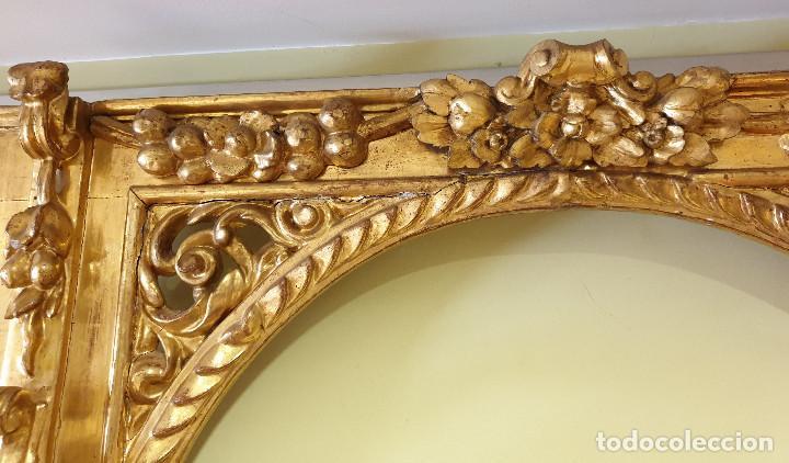 Arte: Precioso retablo barroco de madera tallada y dorada en oro fino. VER FOTOS. - Foto 10 - 201270703