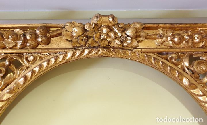 Arte: Precioso retablo barroco de madera tallada y dorada en oro fino. VER FOTOS. - Foto 11 - 201270703