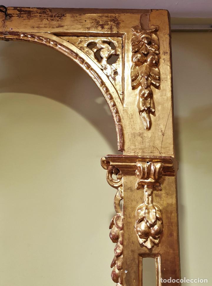 Arte: Precioso retablo barroco de madera tallada y dorada en oro fino. VER FOTOS. - Foto 15 - 201270703