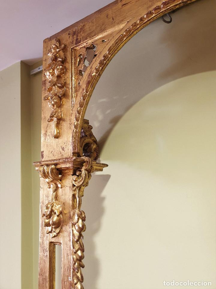 Arte: Precioso retablo barroco de madera tallada y dorada en oro fino. VER FOTOS. - Foto 16 - 201270703