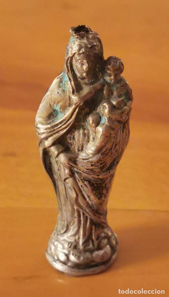 VIRGEN CON NIÑO. PLATA. 6.5 CM. ESPAÑA. PRINC. S. XX (Arte - Arte Religioso - Escultura)