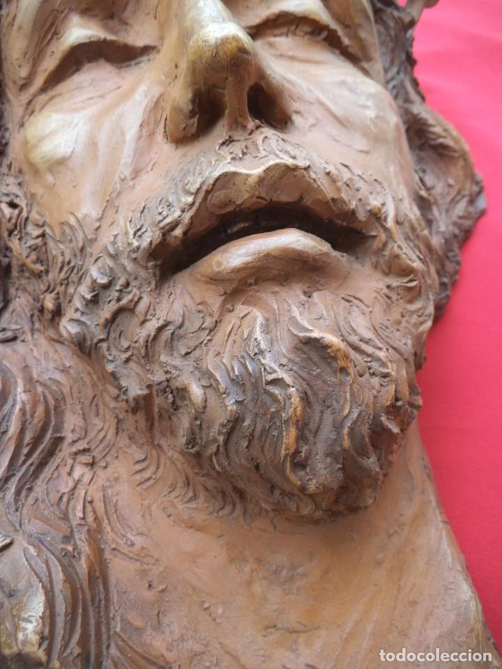 Arte: Cabeza de Cristo esculpida en terracota de escultor gaditano Nando, finales de los 80. - Foto 5 - 204416771
