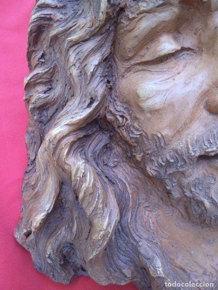 Arte: Cabeza de Cristo esculpida en terracota de escultor gaditano Nando, finales de los 80. - Foto 8 - 204416771