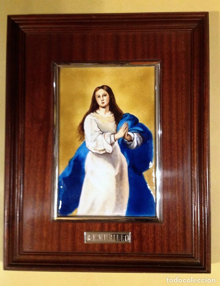 CUADRO DE MADERA CON ESMALTE ENMARCADO EN PLATA DE LEY B.E. MURILLO (Arte - Arte Religioso - Pintura Religiosa - Otros)
