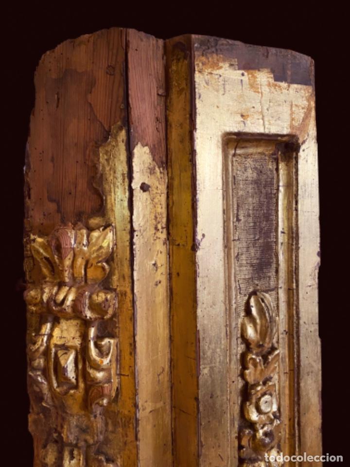 Arte: Espectacular pieza de retablo barroco al oro fino sobre peana de hierro.Siglo XVIII - Foto 2 - 206789828