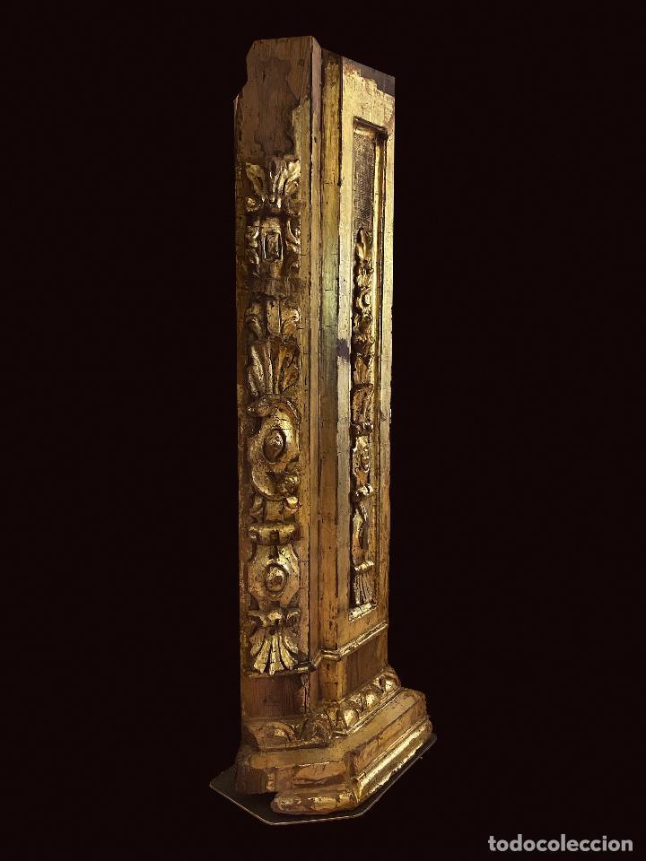 Arte: Espectacular pieza de retablo barroco al oro fino sobre peana de hierro.Siglo XVIII - Foto 3 - 206789828