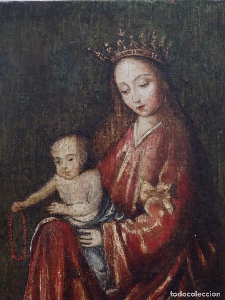 Arte: Virgen con Niño. Escuela Flamenca. Óleo sobre tabla del siglo XVI. - Foto 2 - 206832823
