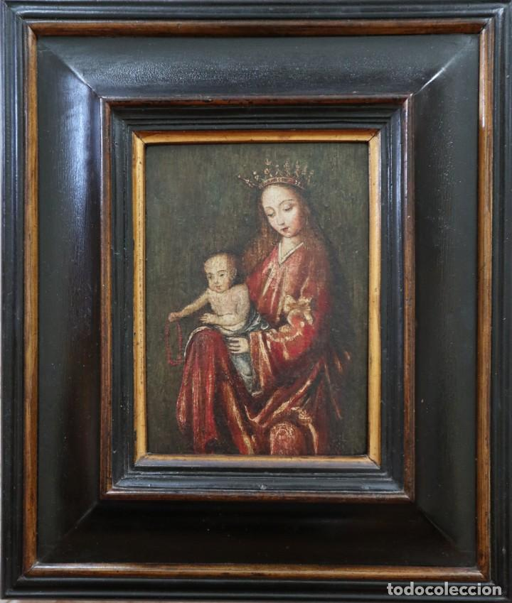 Arte: Virgen con Niño. Escuela Flamenca. Óleo sobre tabla del siglo XVI. - Foto 4 - 206832823