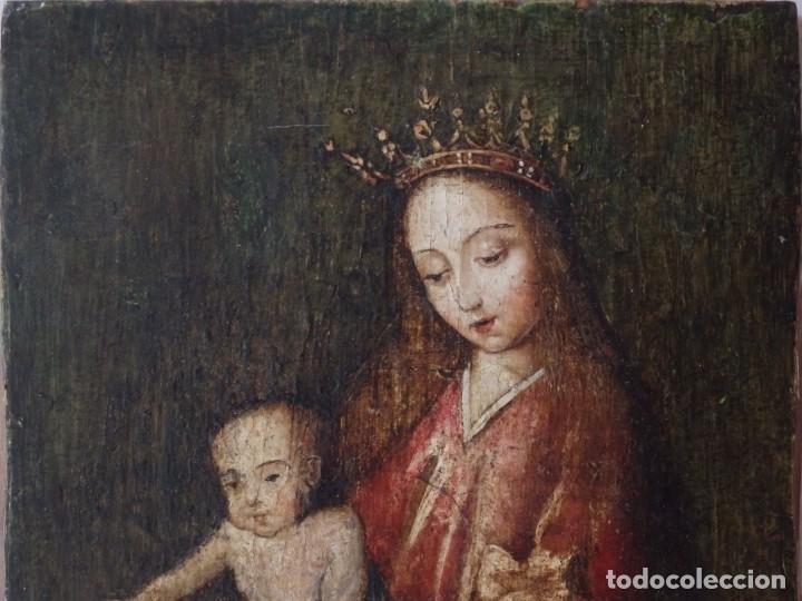 Arte: Virgen con Niño. Escuela Flamenca. Óleo sobre tabla del siglo XVI. - Foto 5 - 206832823