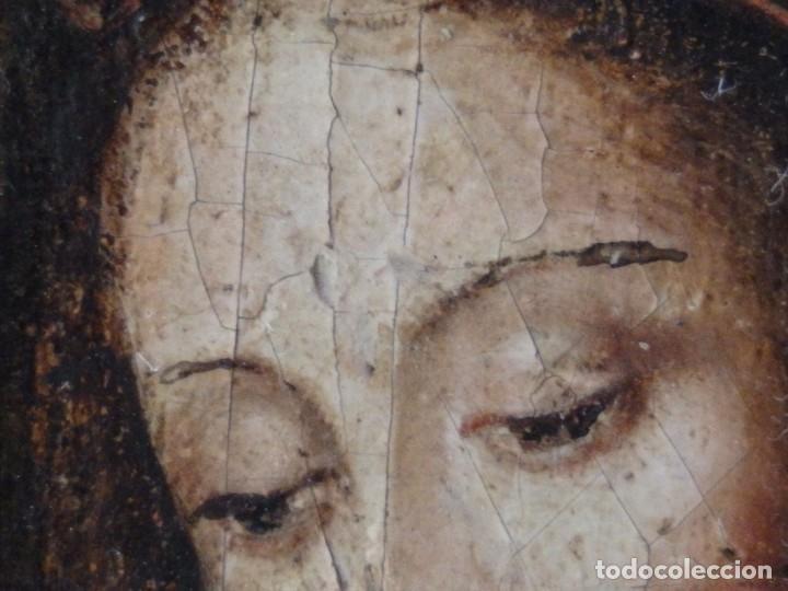 Arte: Virgen con Niño. Escuela Flamenca. Óleo sobre tabla del siglo XVI. - Foto 10 - 206832823