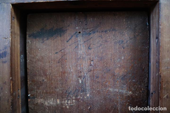 Arte: Virgen con Niño. Escuela Flamenca. Óleo sobre tabla del siglo XVI. - Foto 20 - 206832823