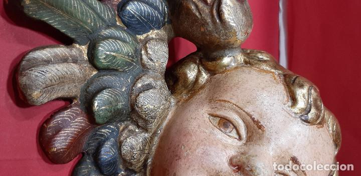 Arte: Cabeza de ángel querubín, madera tallada, dorada, policromada y estofada. Siglo XVII. - Foto 8 - 206986825
