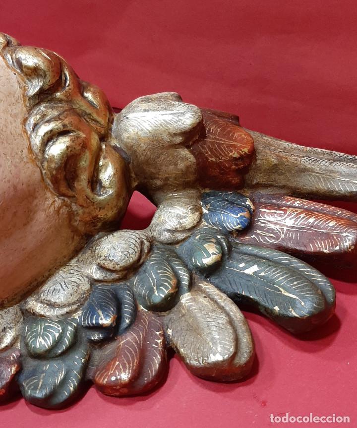 Arte: Cabeza de ángel querubín, madera tallada, dorada, policromada y estofada. Siglo XVII. - Foto 9 - 206986825