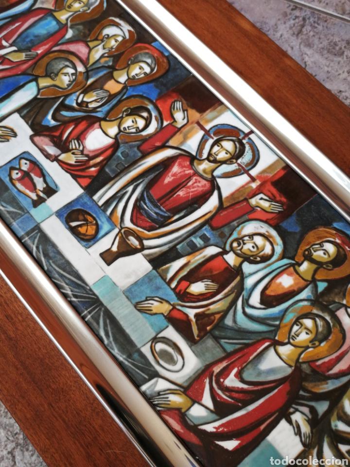 PRECIOSA SANTA CENA EN ESMALTE CON MARCO PLATA, SOBRE BASE DE MADERA, 50X22CM. (Arte - Arte Religioso - Retablos)