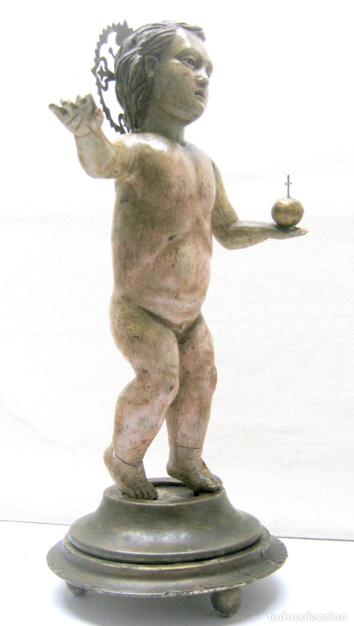 46 CM . PRECIOSA TALLA DE MADERA ANTIGUA - NIÑO JESUS DESNUDO CON OJOS DE VIDRIO - S.XVIII XIX (Arte - Arte Religioso - Escultura)