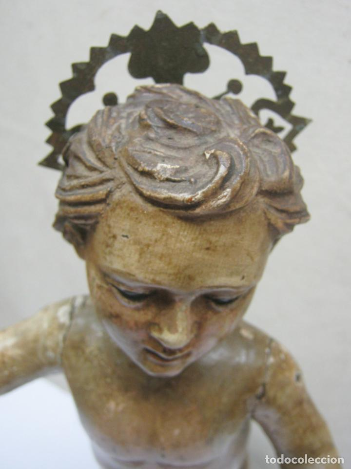Arte: 46 cm . Preciosa talla de madera antigua - Niño Jesus desnudo con ojos de vidrio - s.XVIII XIX - Foto 3 - 210376280