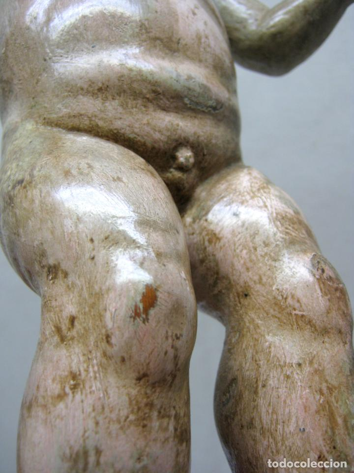 Arte: 46 cm . Preciosa talla de madera antigua - Niño Jesus desnudo con ojos de vidrio - s.XVIII XIX - Foto 6 - 210376280