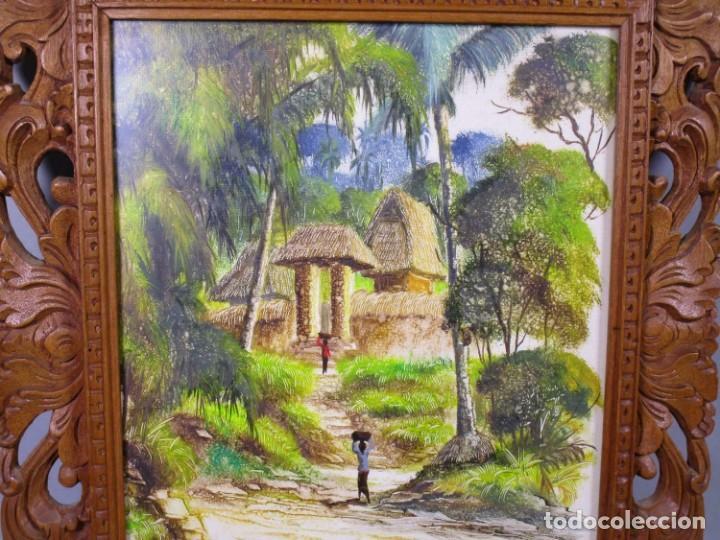 Arte: PRECIOSO PAISAJE DE Bali arte, MARCO MADERA TALLADO BELLAS ORNAMENTACIONES, aprox. 48 x 41 cm - Foto 3 - 211882871