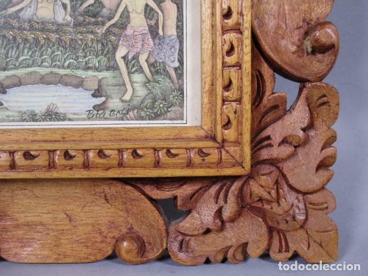 Arte: PRECIOSO PAISAJE DE Bali arte, MARCO MADERA TALLADO BELLAS ORNAMENTACIONES, aprox. 29,5 x 25 cm - Foto 2 - 211882951